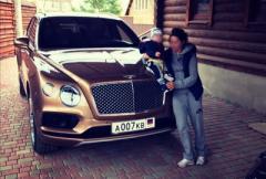 В Донецке замечен самый дорогой серийный внедорожник в мире