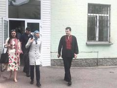 Раненного Осмаева выписали из больницы. ВИДЕО