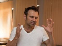 Во время концерта в Полтаве Вакарчук потерял голос (ВИДЕО)