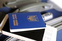 Как зарабатывают в оккупированном Луганске: раскрыты схемы
