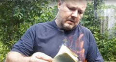 В Макеевке появился еще один настоящий «патриот» России, который сжег украинский паспорт