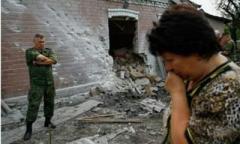 Сепаратисты под видом обысков грабят дома на Луганщине