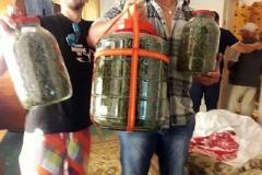 Полицейские изъяли у мариупольца 10-киллограмовую партию конопли