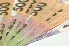 Новые платежки и списки счастливцев: что ждет украинцев в августе