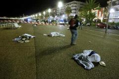 Террористы на автомобилях давят людей в Европе. Почему это им удается