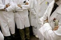Медреформа победила: украинцы массово отказываются от «роскоши» лечения