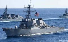 Трамп отреагировал на столкновение эсминца США с торговым судном