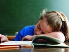 Дети тоже устают. Не меньше взрослых. И это опасно для здоровья