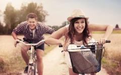 Как помочь мозгу вырабатывать гормоны счастья: 7 простых привычек