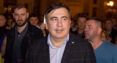 Саакашвілі стверджує, що законно перебуває в Україні та звинуватив правоохоронців у «викраденні паспорту»