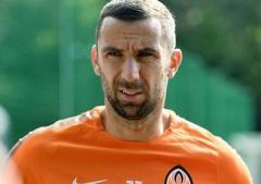 """Тренер """"Шахтера"""" объяснил отсутствие Дарио Срны на поле в Одессе"""