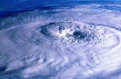 На Украину надвигается смертельный ураган из Румынии