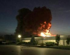 Под Киевом масштабный пожар на фармацевтической фабрике. ВИДЕО