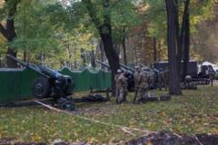 Зрада отменяется: у Порошенко объяснили, зачем стянули к Раде артиллерию