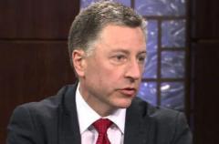 Зачем Волкер едет в Украину перед встречей с Сурковым