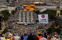 Испания взяла под контроль правительство Каталонии