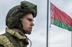 Батька Лукашенко предложил своих миротворцев для Донбасса