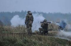 """На Донбассе опять """"горячо"""":  стрельба  не смолкает"""