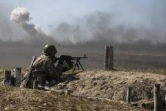 Сутки в АТО: 30 обстрелов, четверо украинских военных ранены