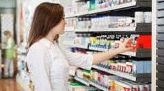 Как украинцев заставляют покупать в аптеках дорогие лекарства