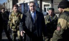 """Главарь """"ЛНР"""" уехал из собственной """"резиденции"""" в неизвестном направлении, в Луганске отключили теле - и радиовещание"""