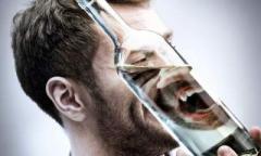 От какого алкоголя человек становится агрессивным?