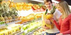 Названы продукты, которые категорически нельзя покупать в супермаркете
