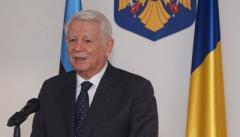 Глава МИД Румынии считает выдачу румынских паспортов украинцам нормальной практикой