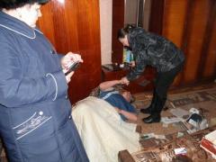 На Луганщине спасатели обнаружили женщину на полу