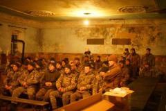 """В зону АТО привезли фильм """"Киборги"""""""
