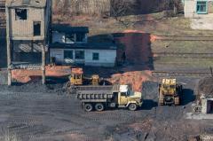 На Донбассе затапливается работающая шахта
