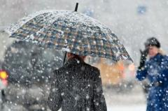 Прогноз погоды на 18 февраля: на западе будет идти снег, на дорогах – гололедица и туман