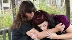 Женщина-вампир из США регулярно пьет кровь добровольцев