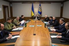 Порошенко заявил о завершении АТО на Донбассе