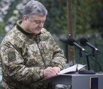Порошенко на Донбассе подписал важные законы