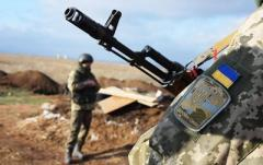 Боевики сорвали перемирие на донецком направлении: ранен военный