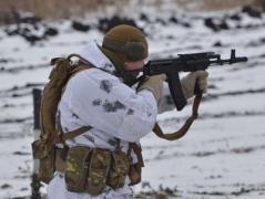 Боевики за сутки открывали огонь возле Новогригорьевки, ранен украинский военнослужащий – штаб АТО