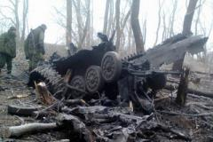 Груда металла: сети впечатлило мощное фото уничтоженной военной техники боевиков ЛНР