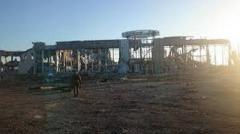 Боевики скопили четыре десятка единиц бронетехники в аэропорту Луганска