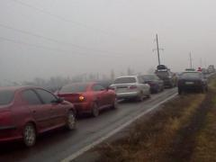 У донбасских КПВВ в очередях утром стояло более 200 авто