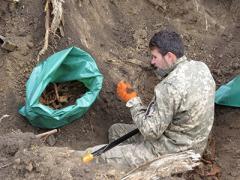 В Мариуполе возобновят эксгумацию немецких захоронений