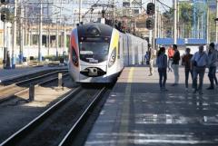 Новые тарифы: мы посчитали на сколько на самом деле подорожают билеты на поезда