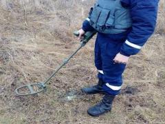 Донетчина: более 300 взрывоопасных предметов изъяли после взрывного попадания в военный склад