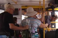 Как не подхватить инфекцию в маршрутке: репортаж из Мариуполя