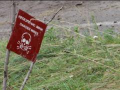 Оккупанты подрываются на собственных минах