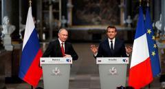 Макрон нанес удар в спину Путину
