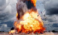У министерства прогремел взрыв, число жертв стремительно растет: кадры с места атаки