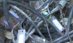 В Горловке связисты режут на металл телефонный кабель