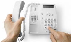 У переселенцев из оккупированного Донбасса коллекторы «выбивают» долги за давно отключенные телефоны