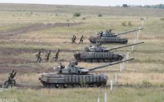 Путин стягивает войска на Донбасс: генерал озвучил тревожный прогноз по Украине